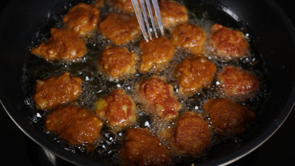 tips for preparation and frying hush puppies