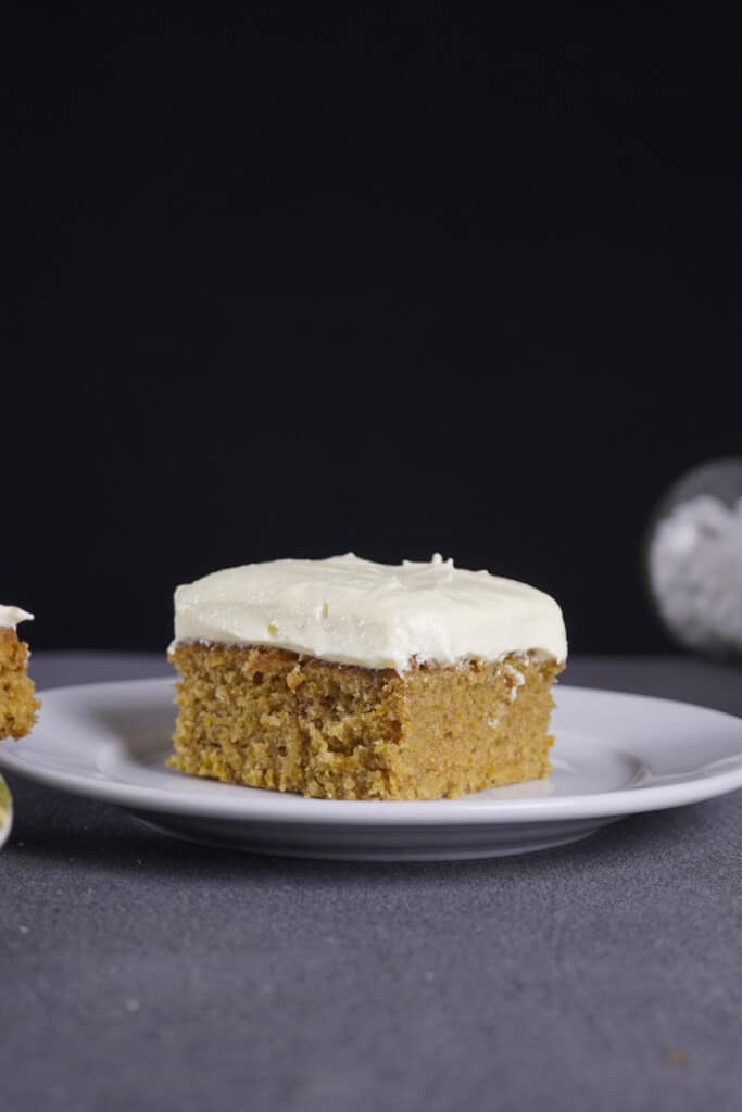 Are pumpkin bars healthy? You bet they are! The high calorie content shouldn't be an obstacle between you and these bars, as pumpkin is incredibly healthy and other ingredients we use are even necessary for our daily diet.